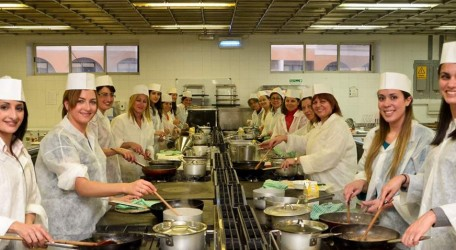 62 - Banking on Women sharpen their cooking skills at ITS - 30 May