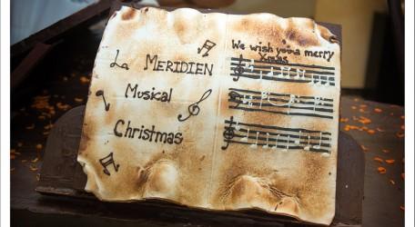 Le Meridien Christmas cake detail