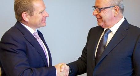 Hilton Malta signing - handshake