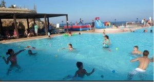 Reef Pool_family day