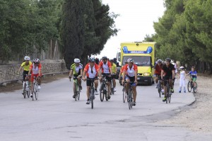 HSBC Malta employees complete triathlon in aid of L-Istrina  - IMG_3127