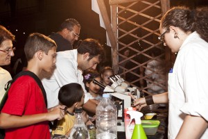 IMG_2004 - young scientists performing experiments