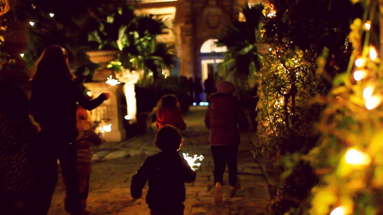 Josanne cassar air malta awakens the spirit of christmas for Where was christmas in the air filmed