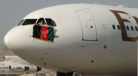 117 - Emirates Airline arrives in Afghanistan