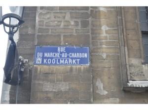 6811042-Marche_au_Charbon_