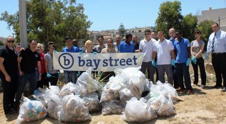 Bay Street Pembroke clean-up