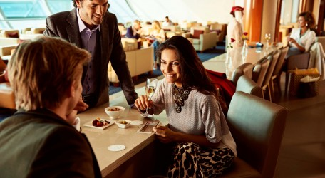 66 - Emirates marks 10 years of its worldwide lounge network-1