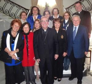Kathleen_Fr Stephen_Archbishop_DSC01530