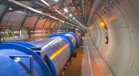 06 - CERN - LHC