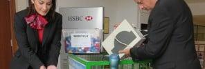 76 - HSBC l-Istrina caps